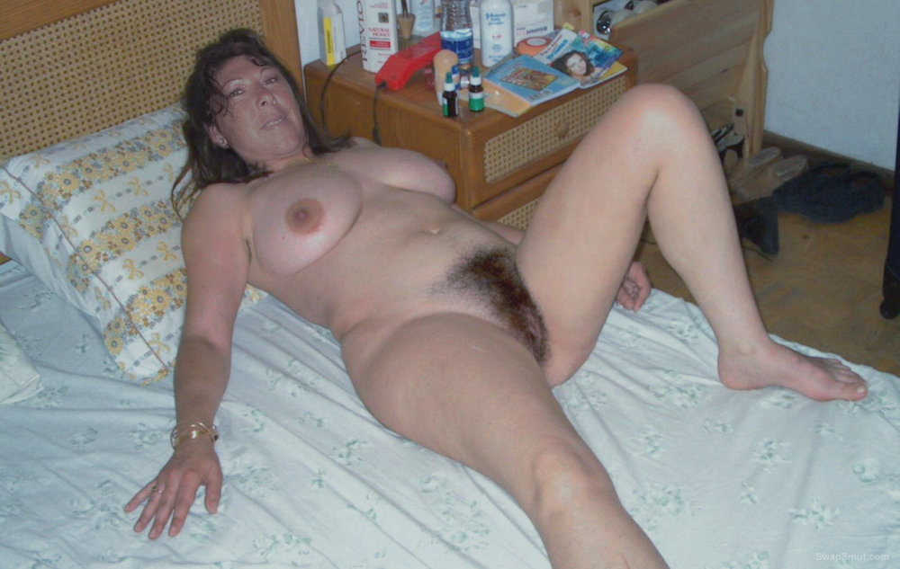 Suzanne friends hot wife and horny milf with a lovely furry vagina