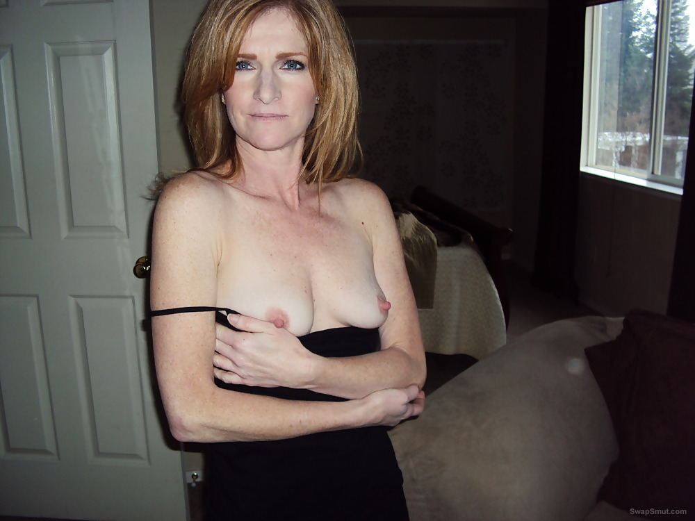 Sexy Redheaded California Slut Wife Wants To Be Exposed To The World