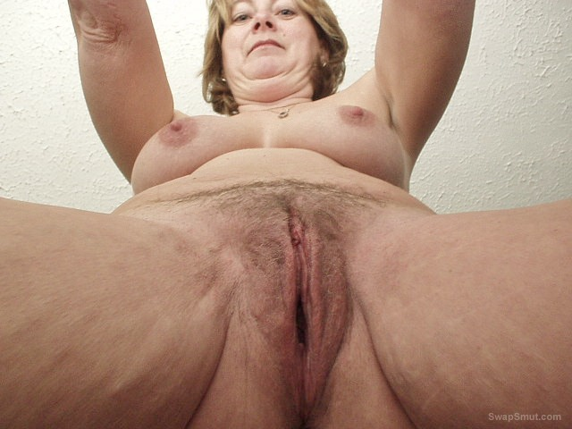 Nude wife deb