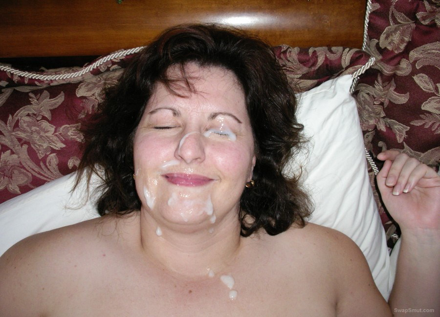 She loves to suck cock and get a face full of cum jizz facial