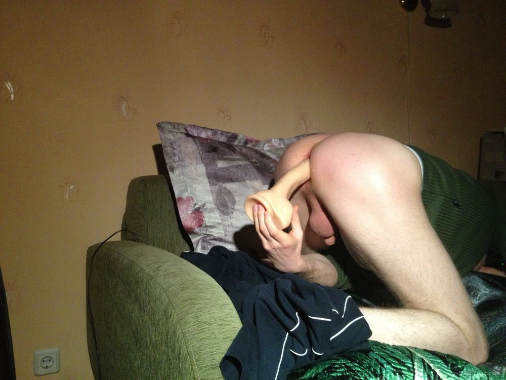 gay amateur playing with a dildo creampie