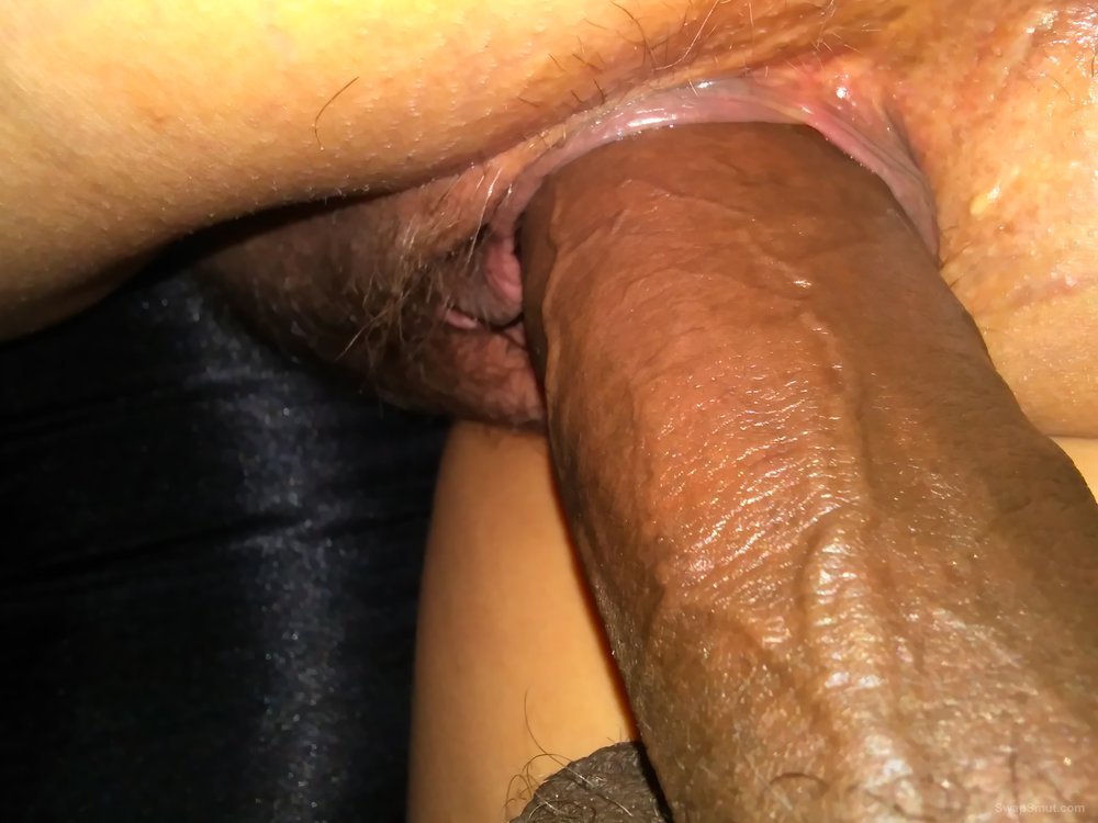 Close up pussy around dick