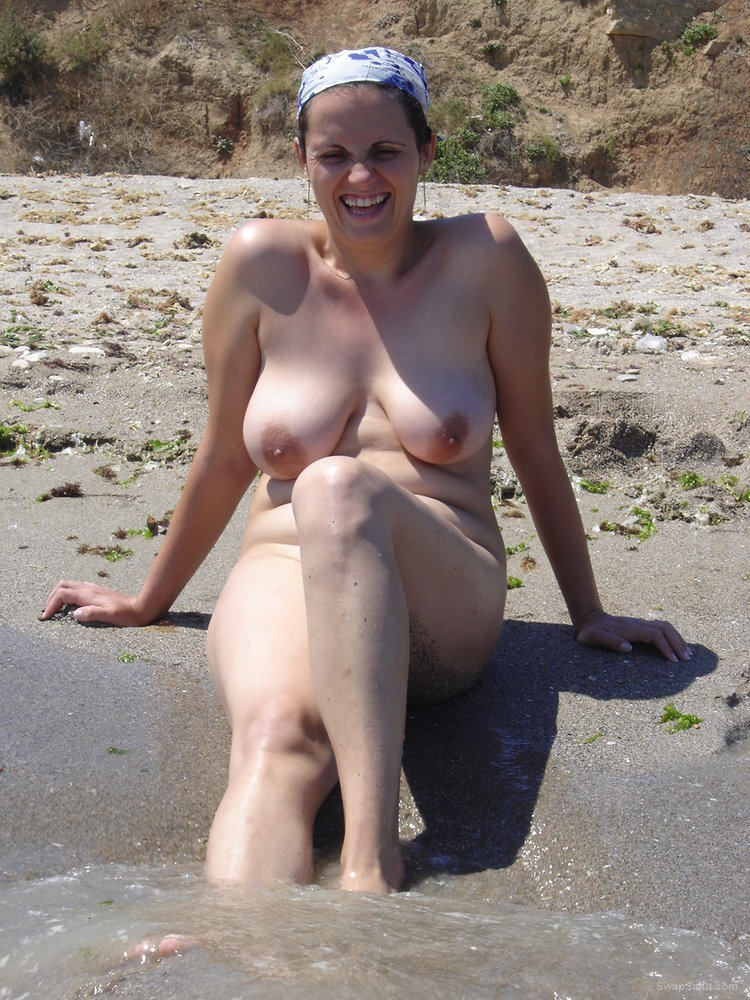 naked mom picture