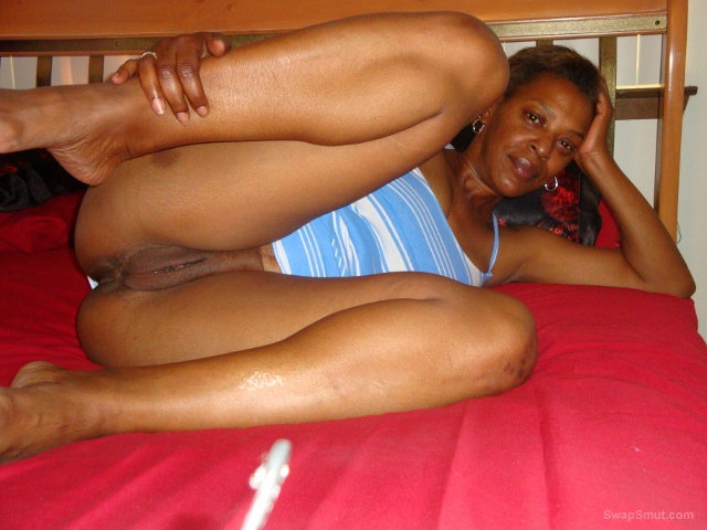 Hot MILF in San Antonio for sex with hot couples men and women