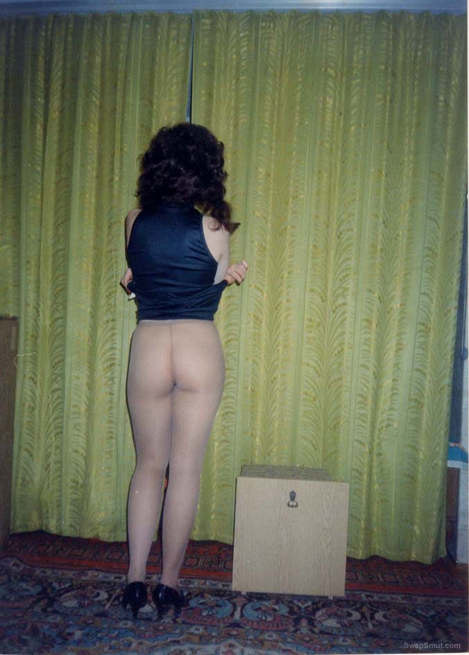 Old photo wife neighbour loves to undress and show herself