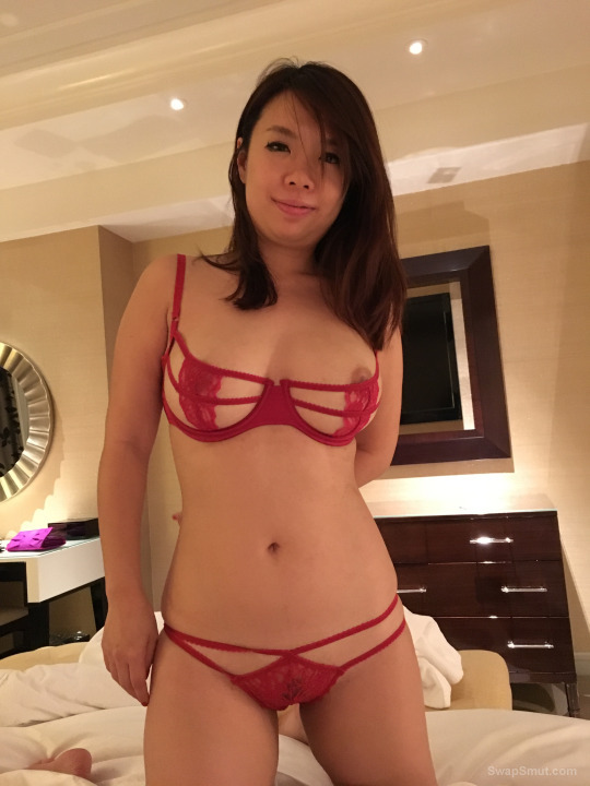 Submissive asian wife has a nice sexy body