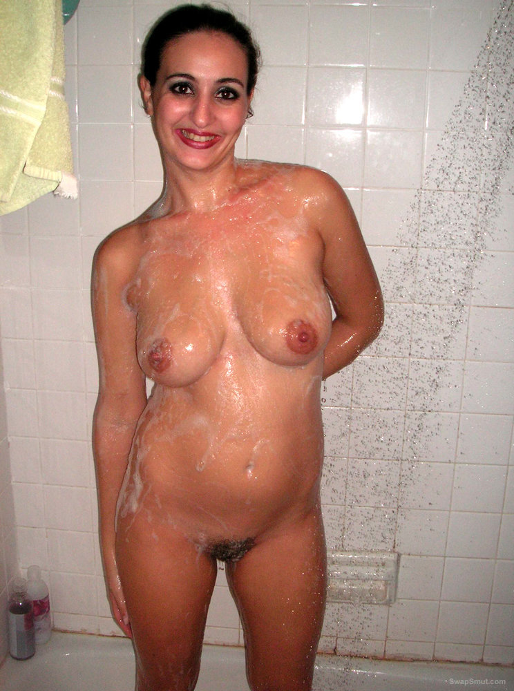 Arya is Permanently Dirty and Loves Her Image Washing Bits In Shower