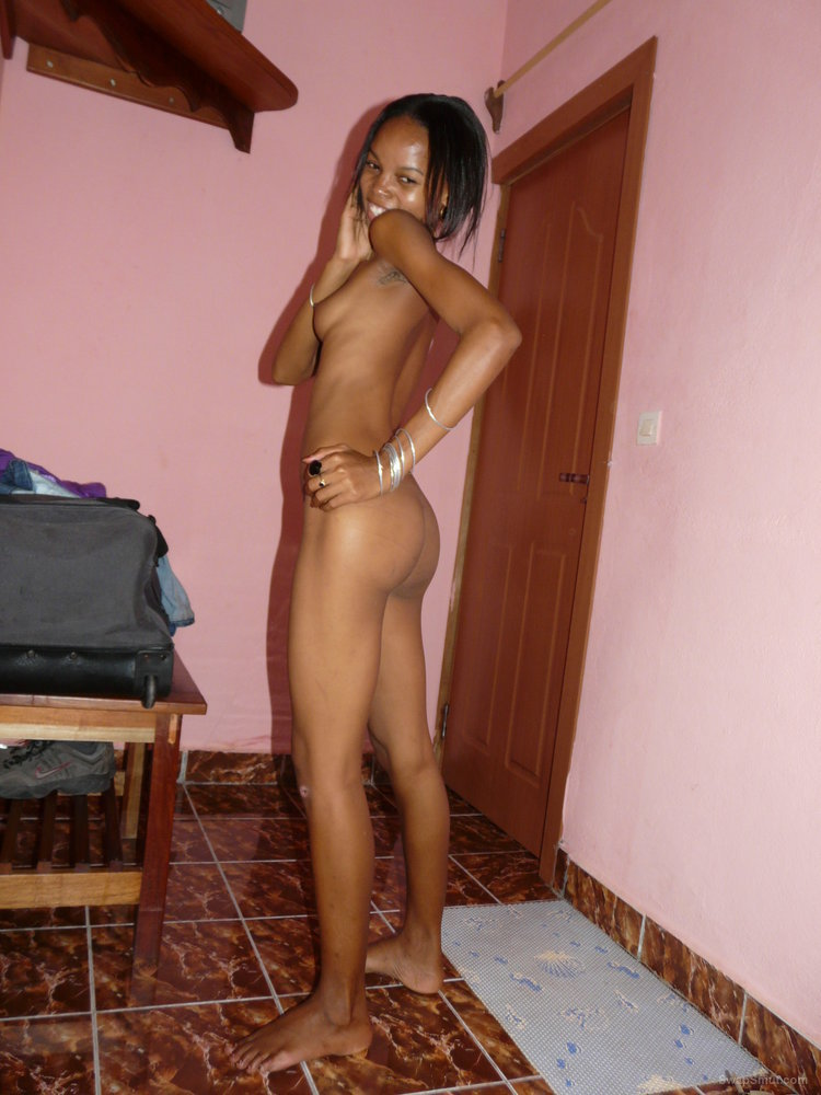 My skinning slutty friend show off her body