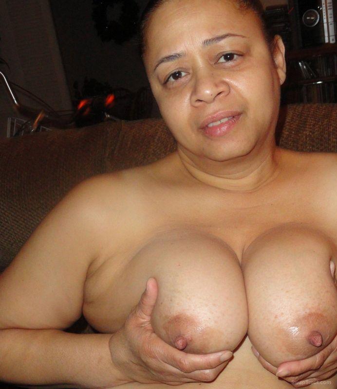 saxi nude girl photo