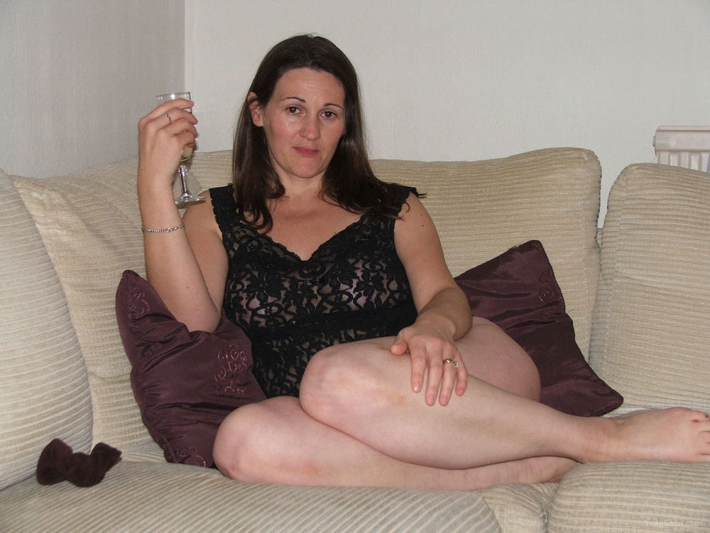 Victoria fine mature Lady from the UK