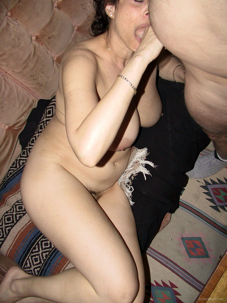 Naked Sucking Pleasure