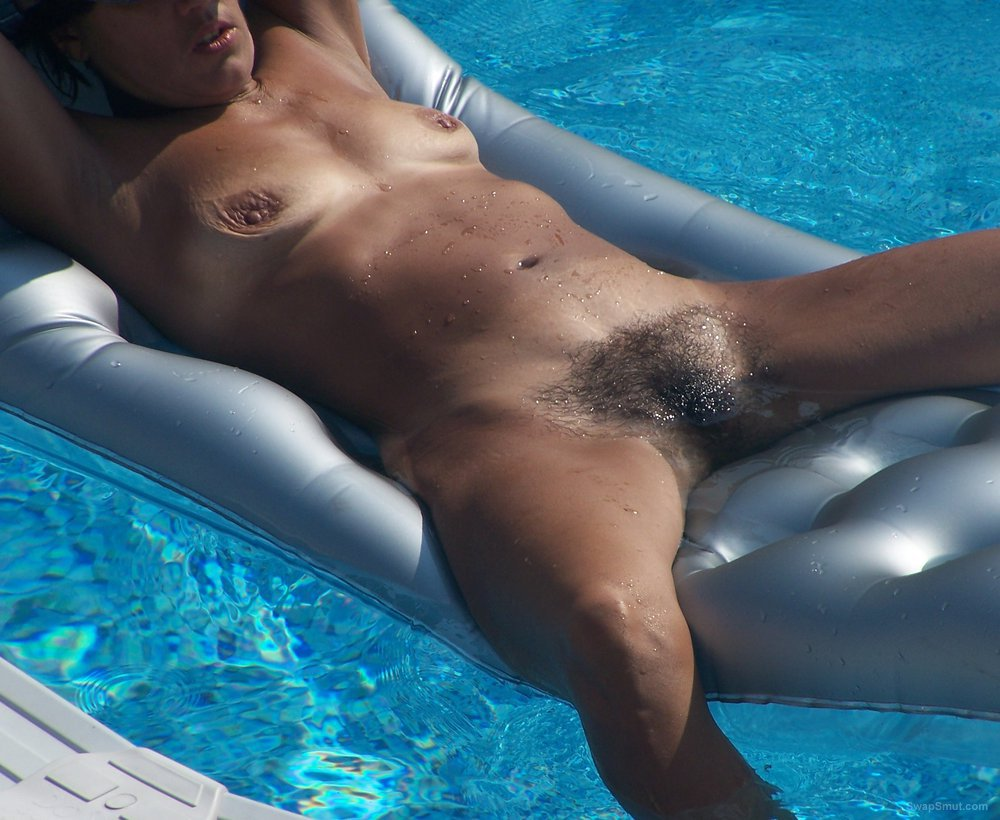 wife pool Nude