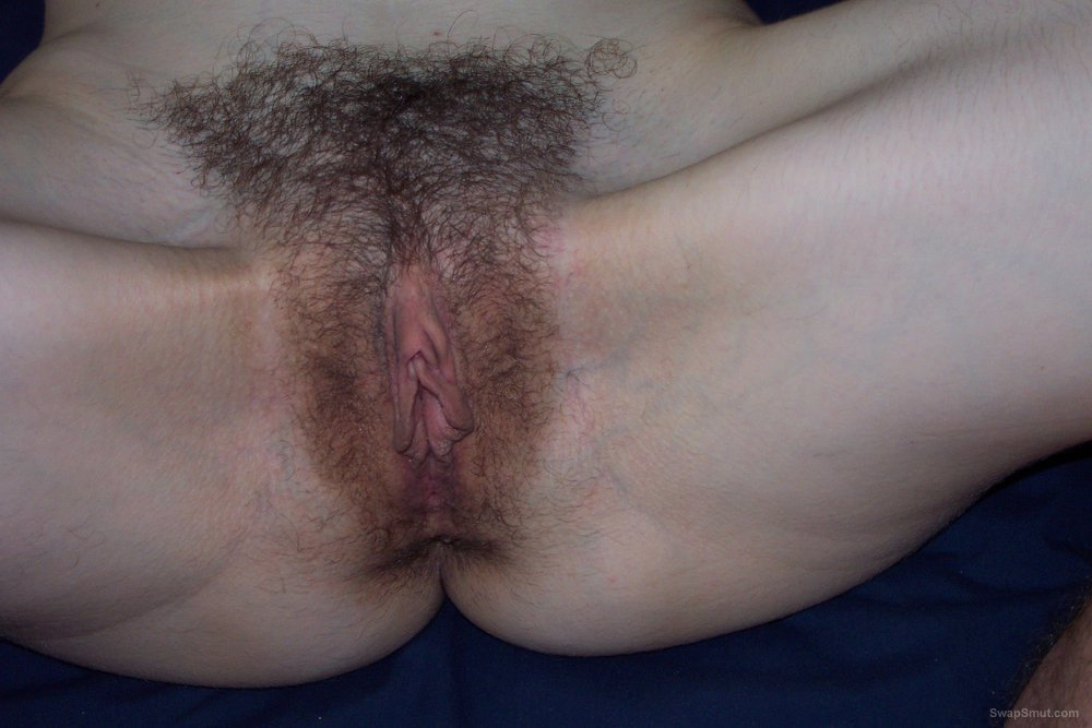 My gf's hairy pussy please tribute her
