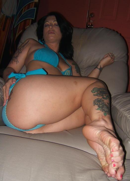 Sexy Angel showing off her sexy feet and body on couch