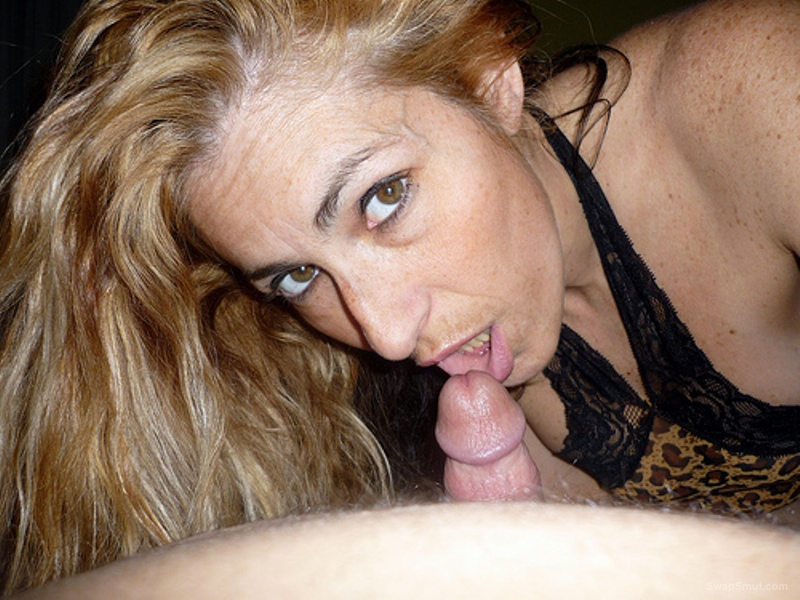 Amateur mature slut face tremendous to share would you like to do her