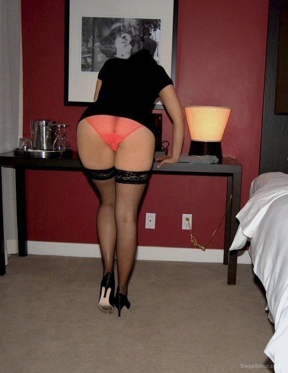 wife Hot amateur stocking milf