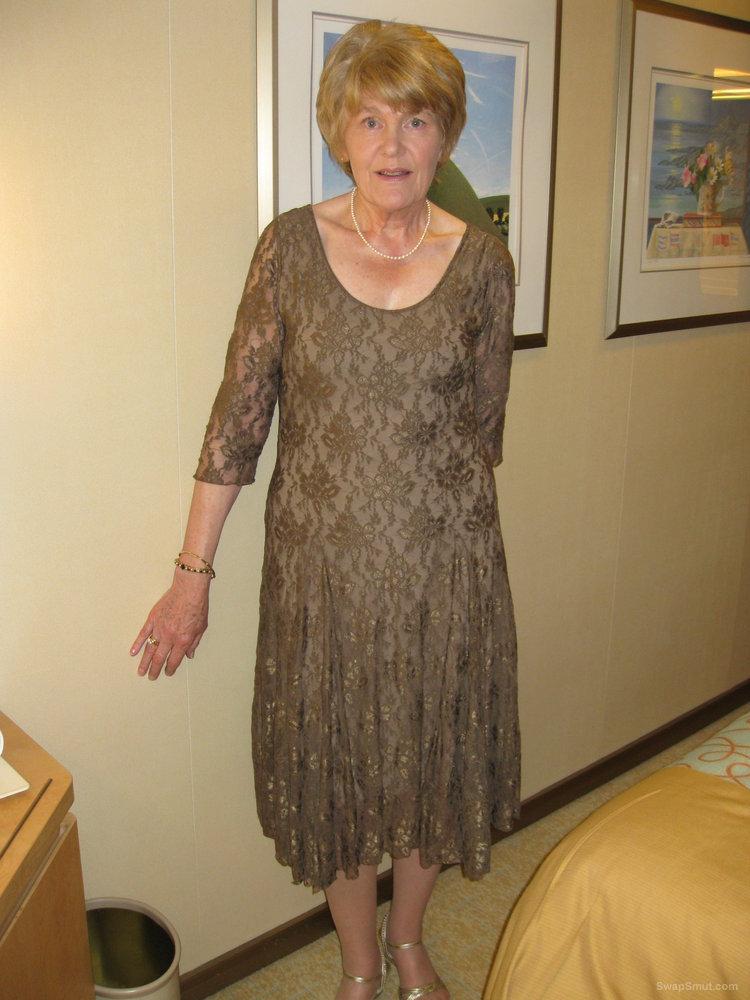 naked granny roberta