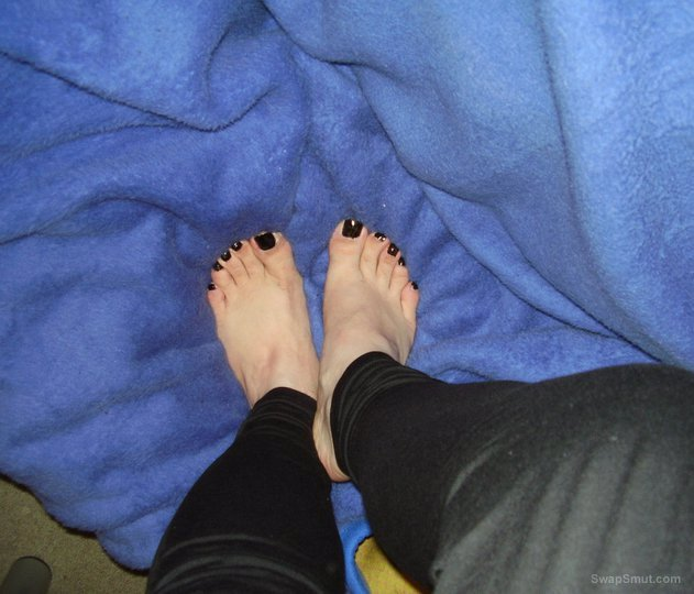 Pictures of my friends sexy feet for all you foot fetish lovers