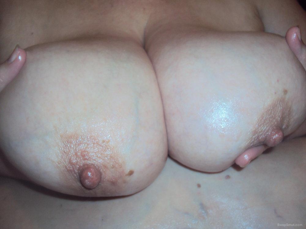 mature tity tits jpg 1500x1000