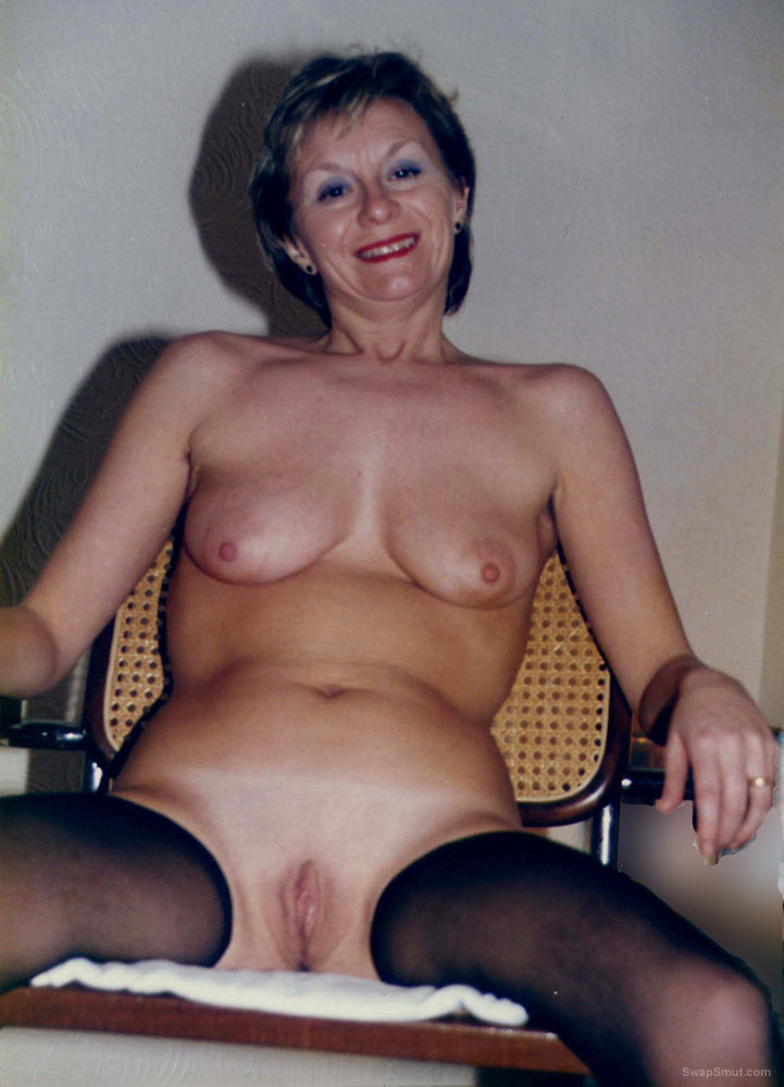 Mature sara the exhibitionist milf shall afford