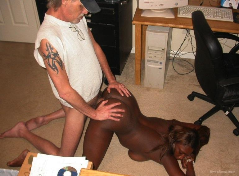 Interracial sex black woman getting creampie from white guy