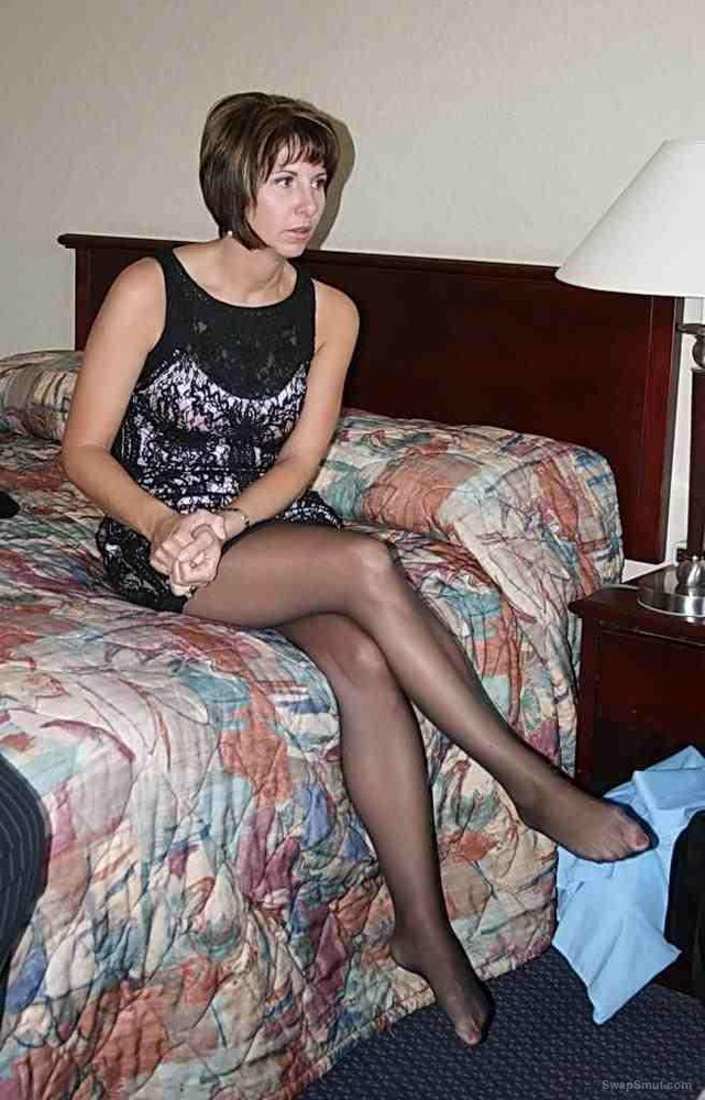 Cindee the sub wife for all to see tell me what you like to see
