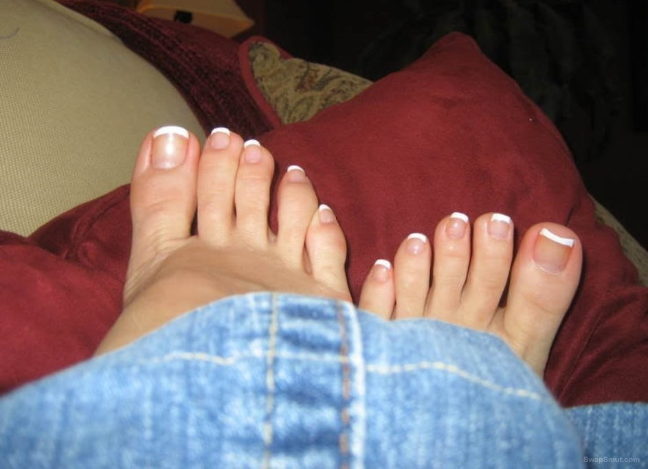 My sexy friend showing off her body feet and toes