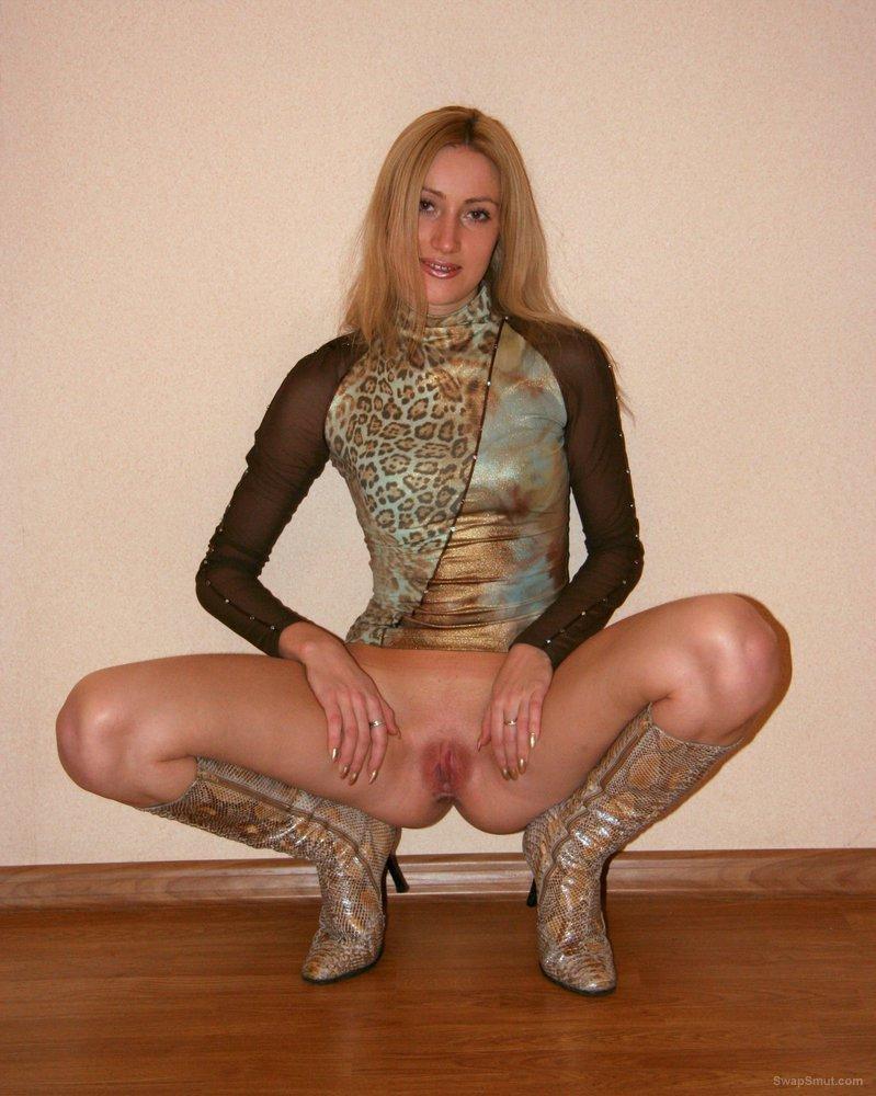 Stunning amateur masturbating and ass fucked