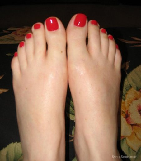 Just a few more of my sexy feet and giving foot job to penis
