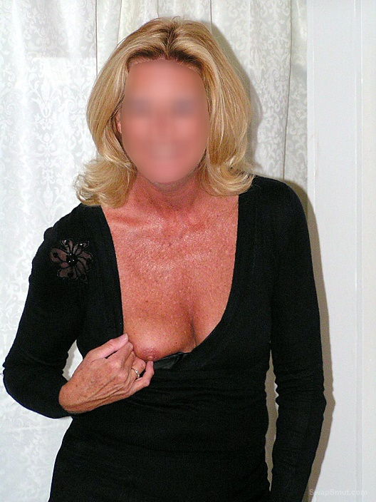 I Love to Get Dressed Up, Go Out Dancing and Get Men Hard
