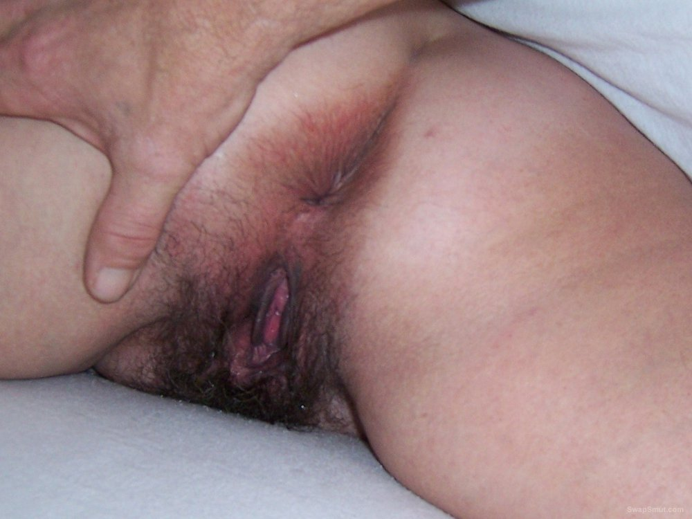 Hot wife hairy pussy creampie close up pics