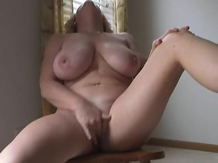 Amateur Wife Fingering Herself
