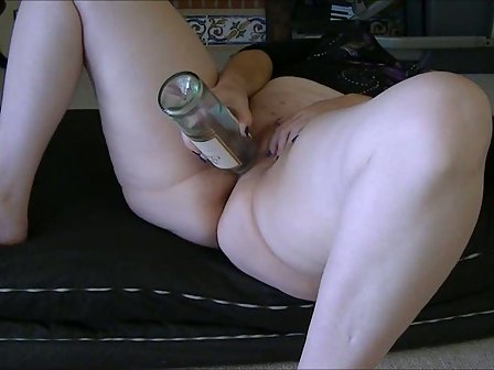 Bbw fun with bottle water in tight pussy 10