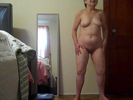 Her sexy butt pics