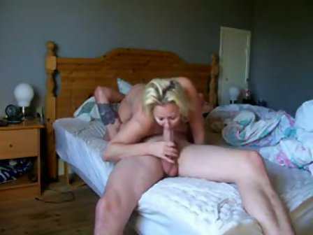 Amateur mature couple in bed