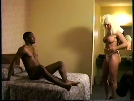 Great cuckold milf janb